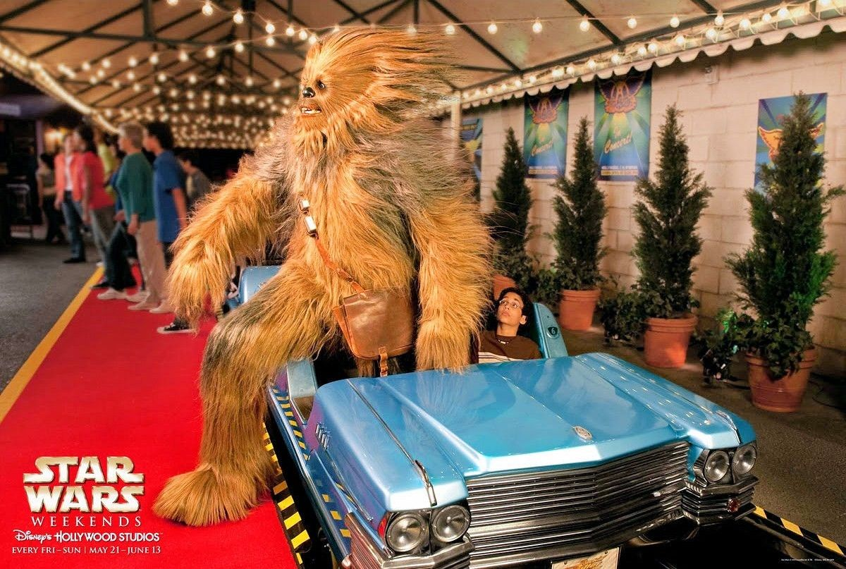 Chewbacca getting off of Rock 'n' Roller Coaster Starring Aerosmith